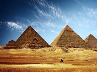 Keops Piramidinin Gizemi